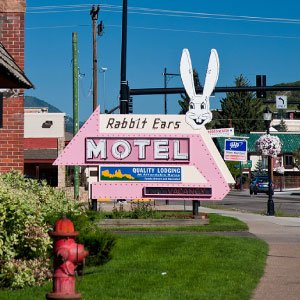 Rabbit ears motel steamboat springs colorado iconic lodging downtown yampa river DEALS - Home