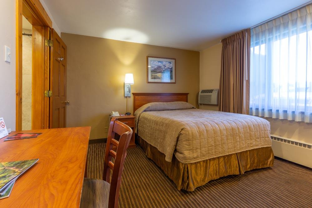REM ADA Room 8 2020 002 - Rooms